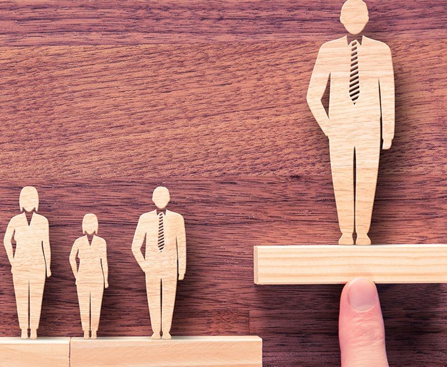 Blog-ManufacturingRecruitment-header